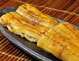 琵琶湖魚三『国産《養殖》鰻白焼き』190g前後(たれ、粉山椒つき)※冷蔵の商品画像