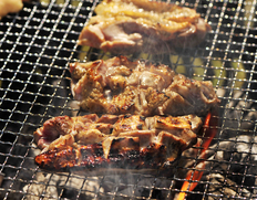 村越さんの『青森シャモロック』解体済 正肉(モモ・ムネ・ささみ・手羽) 半羽分(600〜700g) ※冷蔵