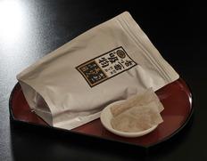 【燻し技法伝承・伊勢波切節】味そ汁 混合粉末削り節 250g(10g×25パック入)