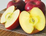 『サンふじ』長野県安曇野産りんご 約1.8kg(5〜7玉)×2箱の商品画像