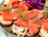 カムチャッカ産紅鮭使用!冷燻仕上げのスモークサーモン フィレ1枚(650gUP) ※冷凍の商品画像