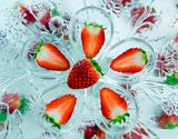 『ミガキイチゴ』宮城県産 レギュラー 約550g(約275g×2パック) ※冷蔵の商品画像
