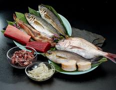 豊洲割烹便・鮮魚ボックス 極上セット 3〜4人前(5〜6品)※冷蔵【豊洲市場直送】