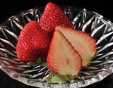 『さくらももいちご』徳島県佐那河内産 Mサイズ 約220g×4パック ※冷蔵の商品画像