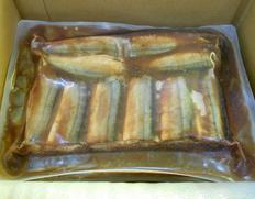 4/8以降、順次出荷 【給食応援】『さんま生姜煮』100個入り 5kg(50g×10切れ×10パック) ※冷凍