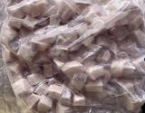 【給食応援】『ホキ 2cm角切(澱粉付)』 10kg(1袋:1kg×10p) ※冷凍の商品画像