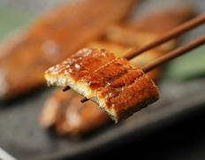 静岡県浜名湖産 『魚魚一 うなぎの蒲焼』 120g ※冷凍【◆】