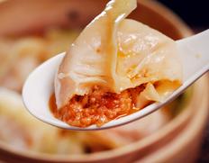 『一味玲玲の手包みトマト餃子』自家製タレ、調理リーフレット付 約600g (10個×2袋)※冷凍