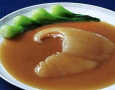 赤坂四川飯店 ふかひれ姿煮セット3〜4人前 ふかひれ1枚約200g ソース600g(毛鹿)※冷凍