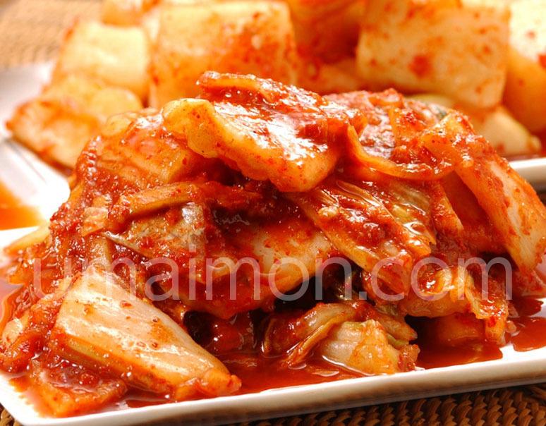 韓国のお土産・オモニの 白菜キムチ1kg @1,260円