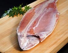 北海道産 塩時鮭(時知らず) 半身フィーレ 約800g×2枚 計1.6kg ※冷凍