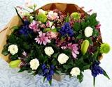 葛西市場よりお届け『お盆用 和の花束』 白菊・スプレー菊中心 9本前後×2束セット(1対) 長さ約50cm ※冷蔵の商品画像